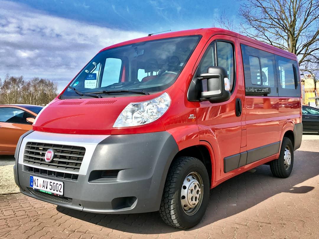 Fiat Ducato Kombi - unser 9-Sitzer Kleinbus zum mieten