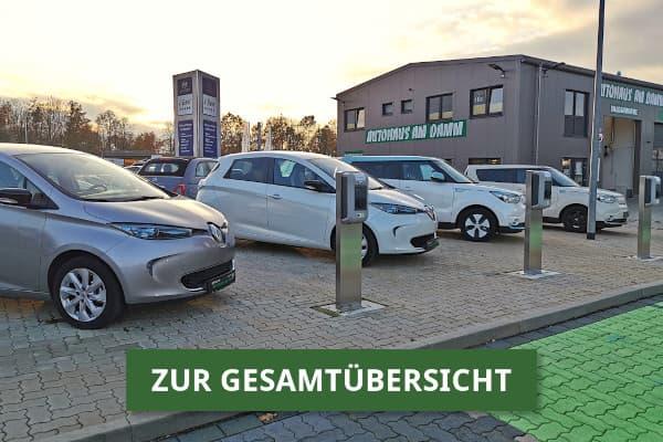Gebrauchte E-Autos auf dem Gebrauchtwagenplatz vom Autohaus am Damm