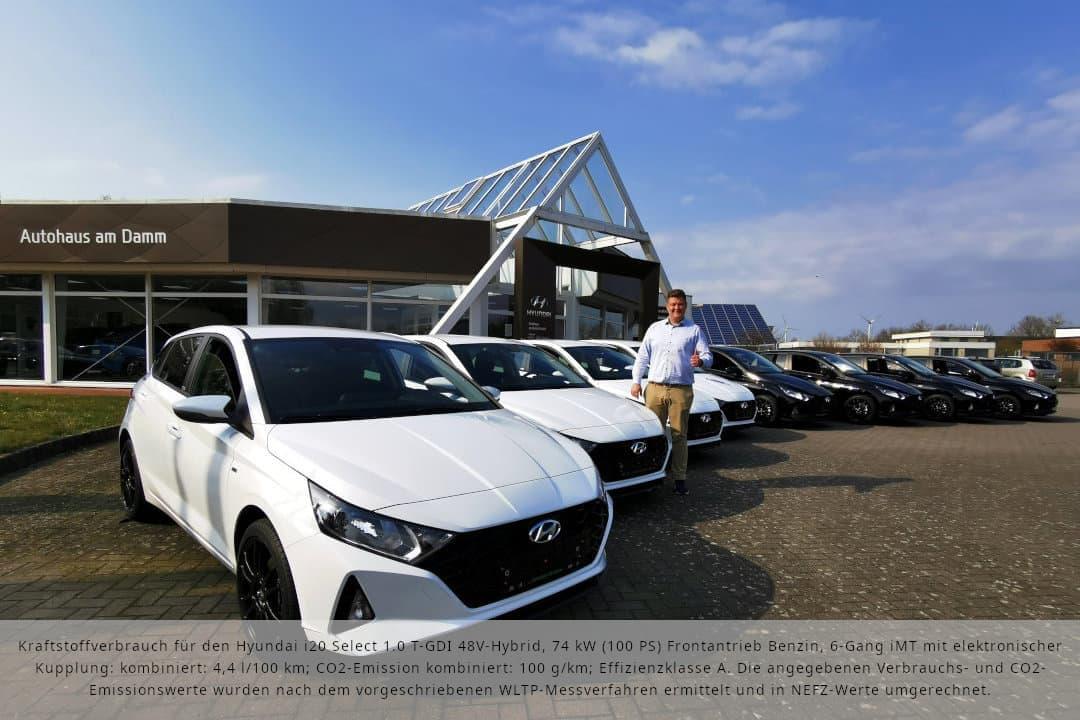 Roman Kling präsentiert den Hyundai i20 Select als Black&White Edition - exklusiv erhältlich im Autohaus am Damm